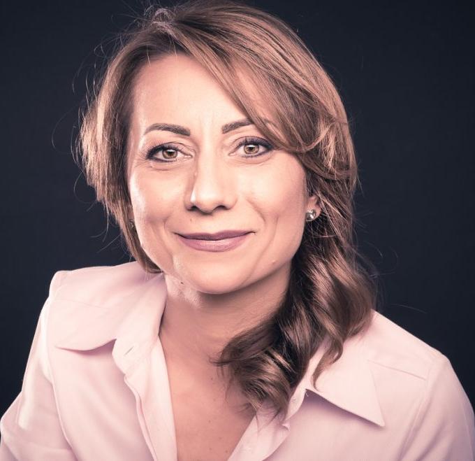 Daniela-Doina Bololoi